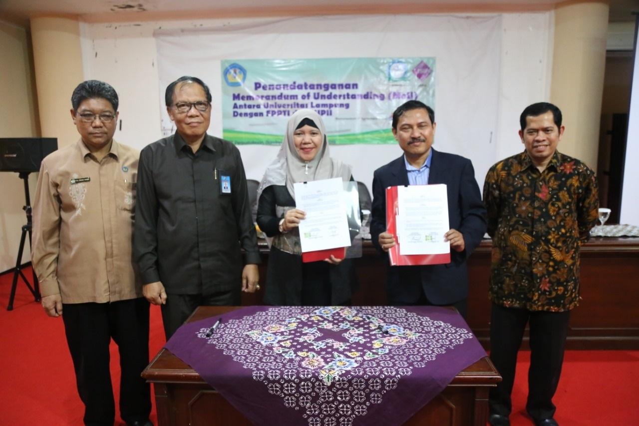 Penandatanganan MoU antara Universitas Lampung dengan FPPTI dan ISIPII Tahun 2019